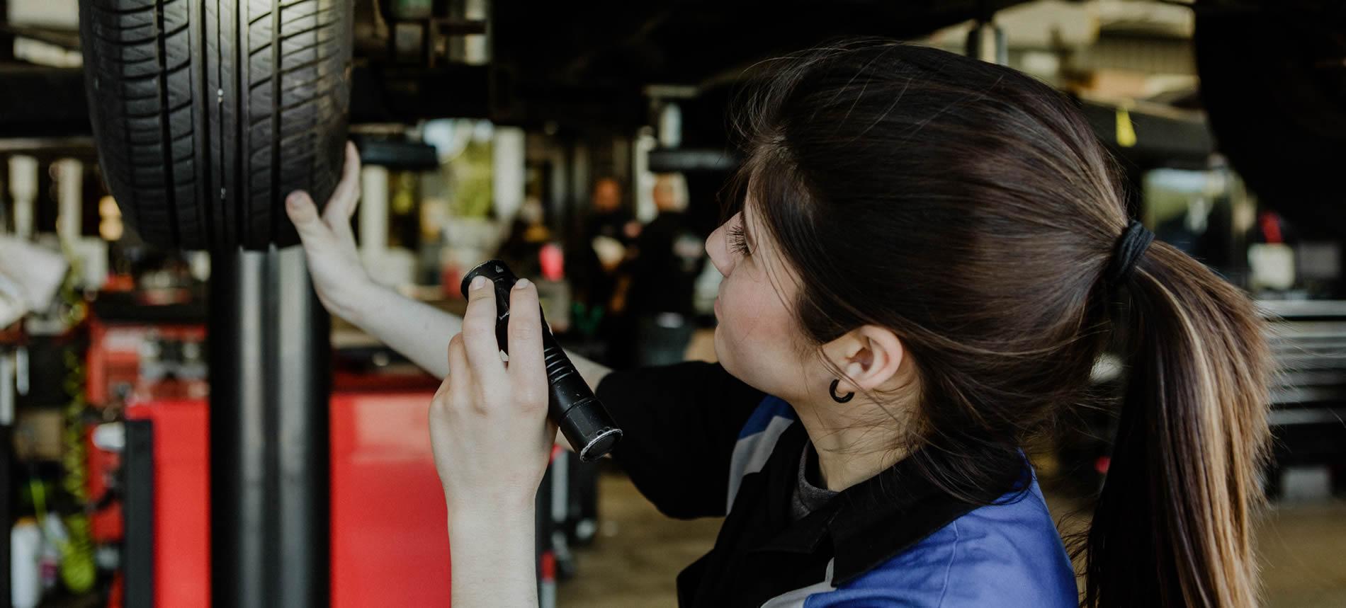 huntington beach auto shop mechanic with tire inspection